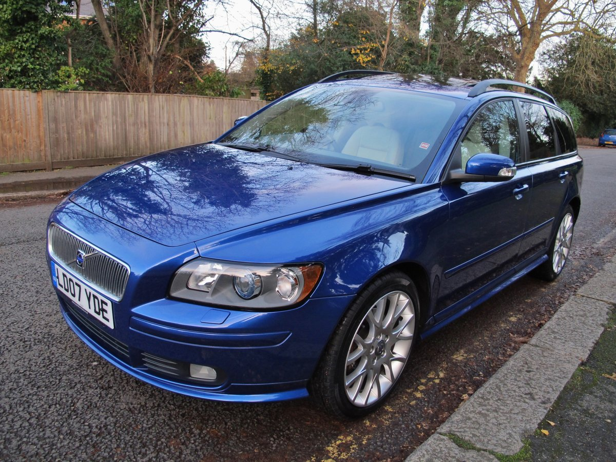 2007 VOLVO V50 2.0 D SE SPORT 1 OWNER+VOLVO 19400 m FSH LEATHER For Sale (picture 2 of 12)