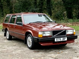 1987 VOLVO 740 2.3 GLE MANUAL ESTATE. ONLY 58,000 MILES.