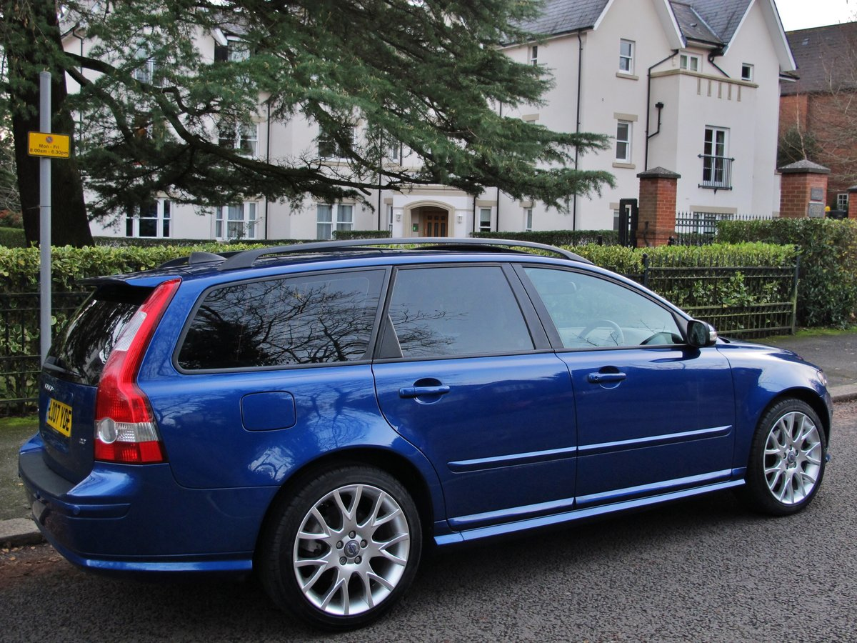 2007 VOLVO V50 2.0 D SE SPORT 1 OWNER+VOLVO 19400 m FSH LEATHER For Sale (picture 7 of 12)