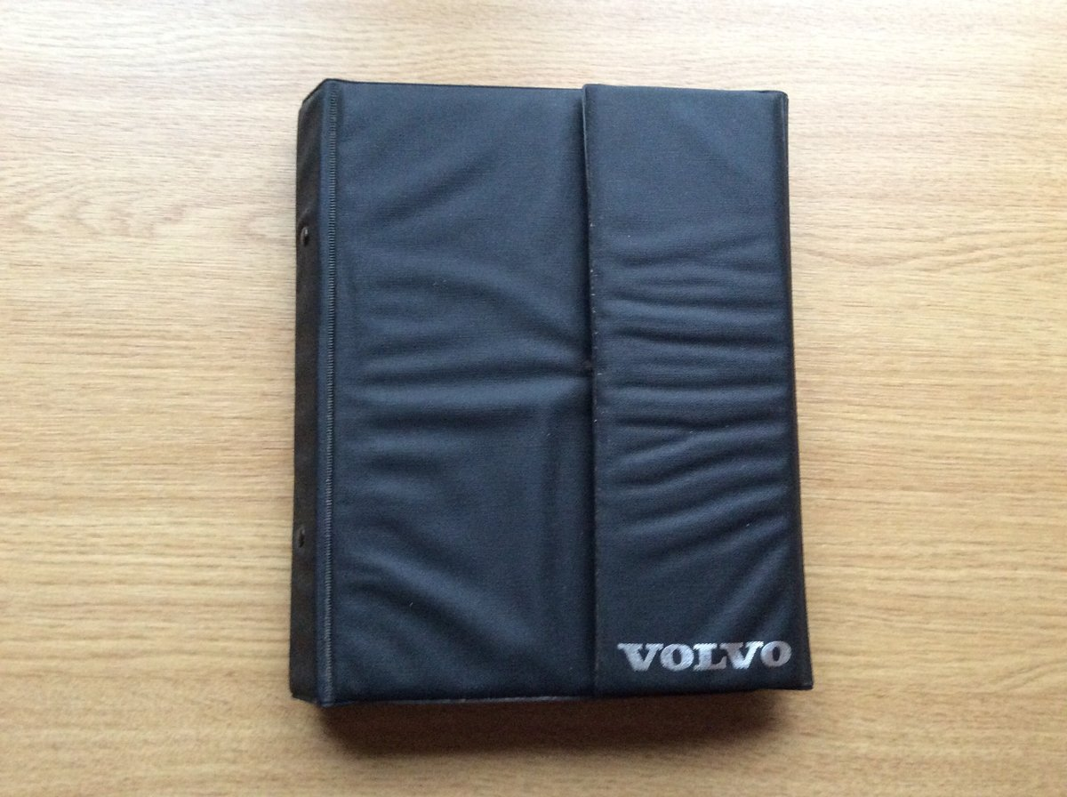 Wallet with all Handbooks for VOLVO 340/360 For Sale (picture 1 of 4)