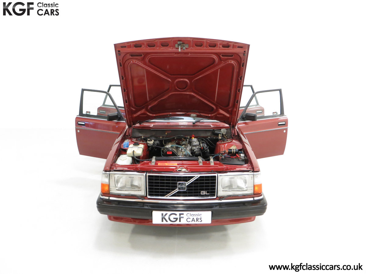 1982 An Incredible Volvo 244GL in Original Condition 41,135 Miles For Sale (picture 4 of 30)