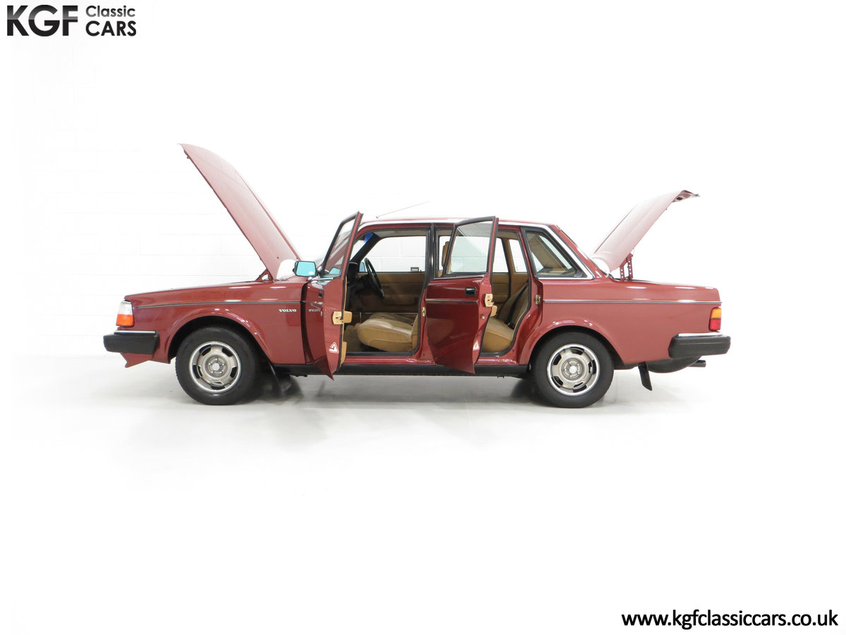 1982 An Incredible Volvo 244GL in Original Condition 41,135 Miles For Sale (picture 7 of 30)