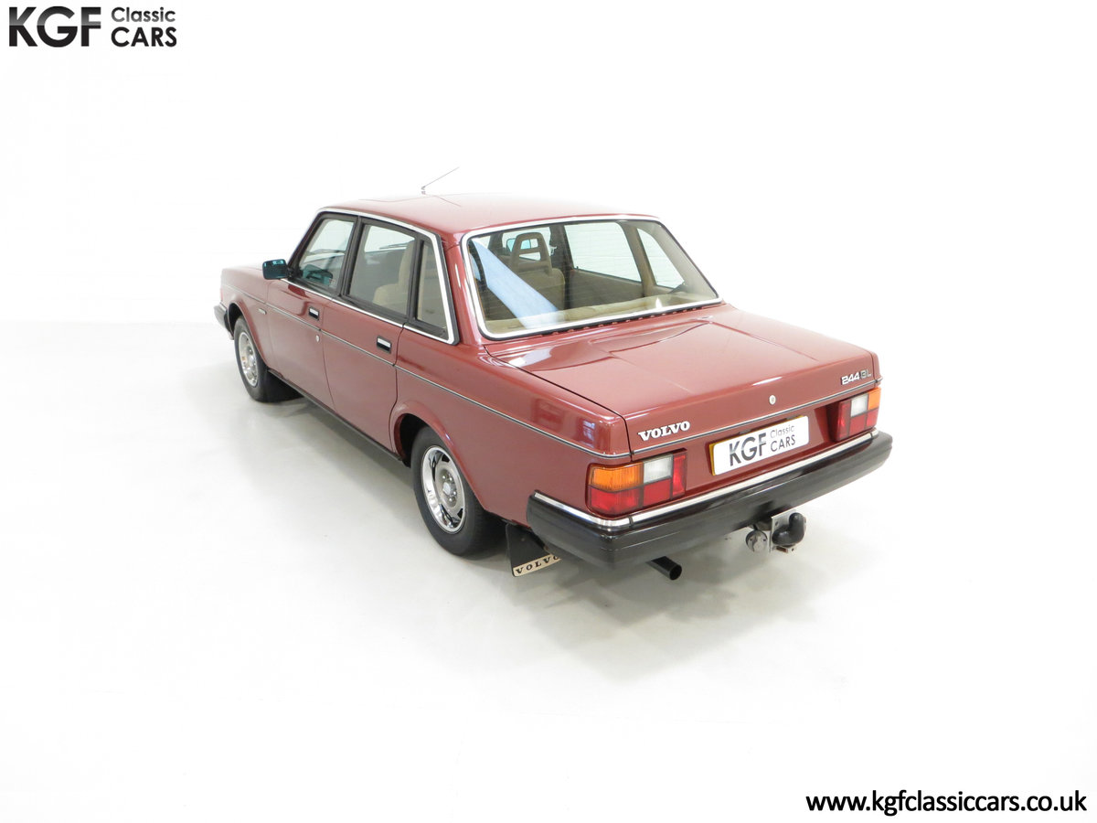 1982 An Incredible Volvo 244GL in Original Condition 41,135 Miles For Sale (picture 9 of 30)