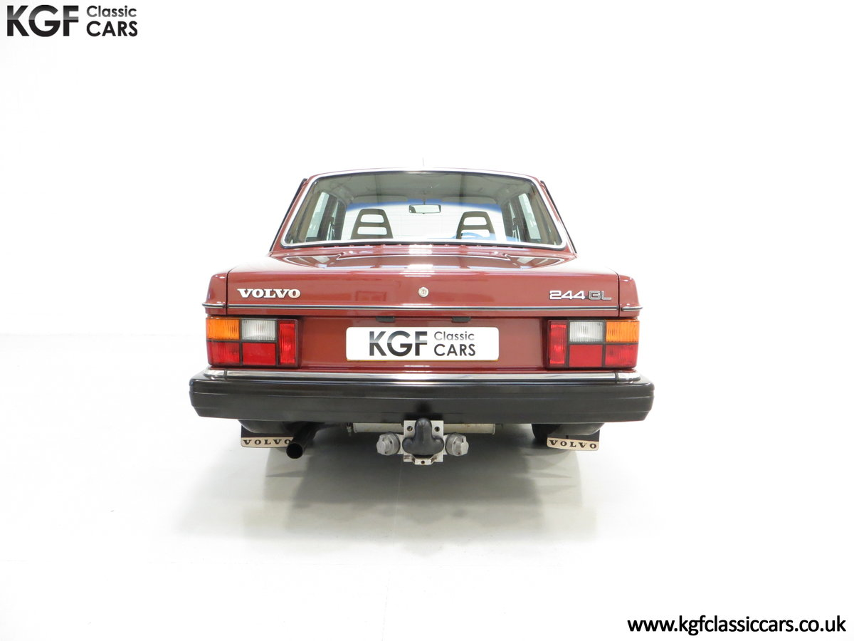 1982 An Incredible Volvo 244GL in Original Condition 41,135 Miles For Sale (picture 10 of 30)