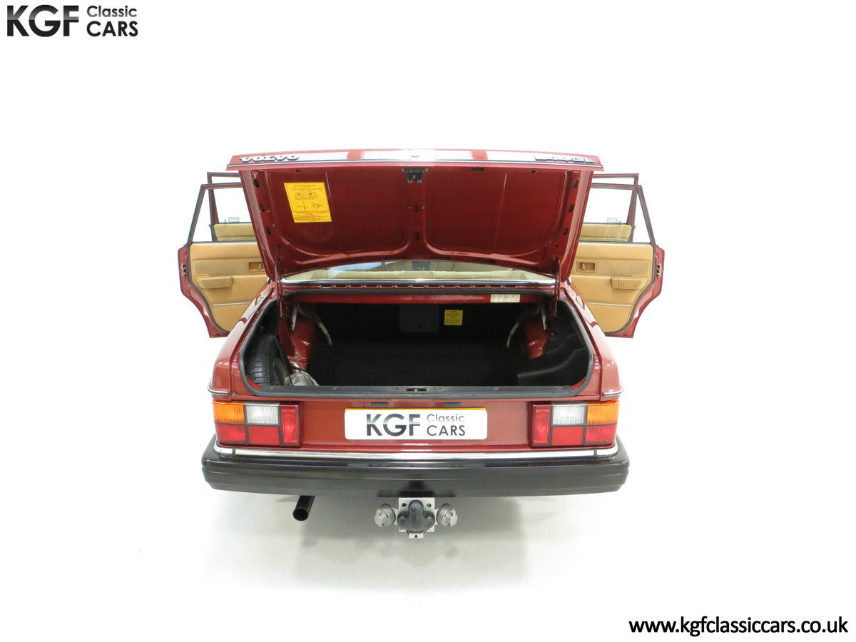 1982 An Incredible Volvo 244GL in Original Condition 41,135 Miles For Sale (picture 11 of 30)