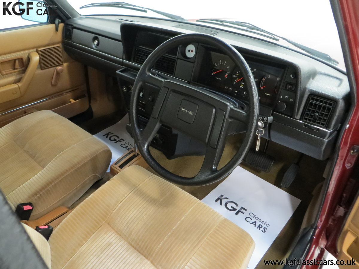 1982 An Incredible Volvo 244GL in Original Condition 41,135 Miles For Sale (picture 17 of 30)