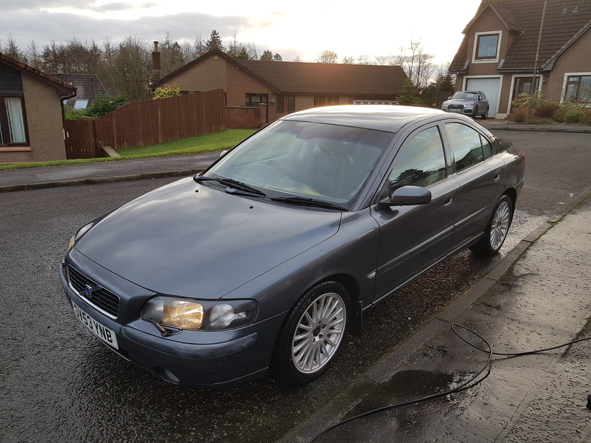 Volvo S60 D5, 2003 Low Miles, Long MOT