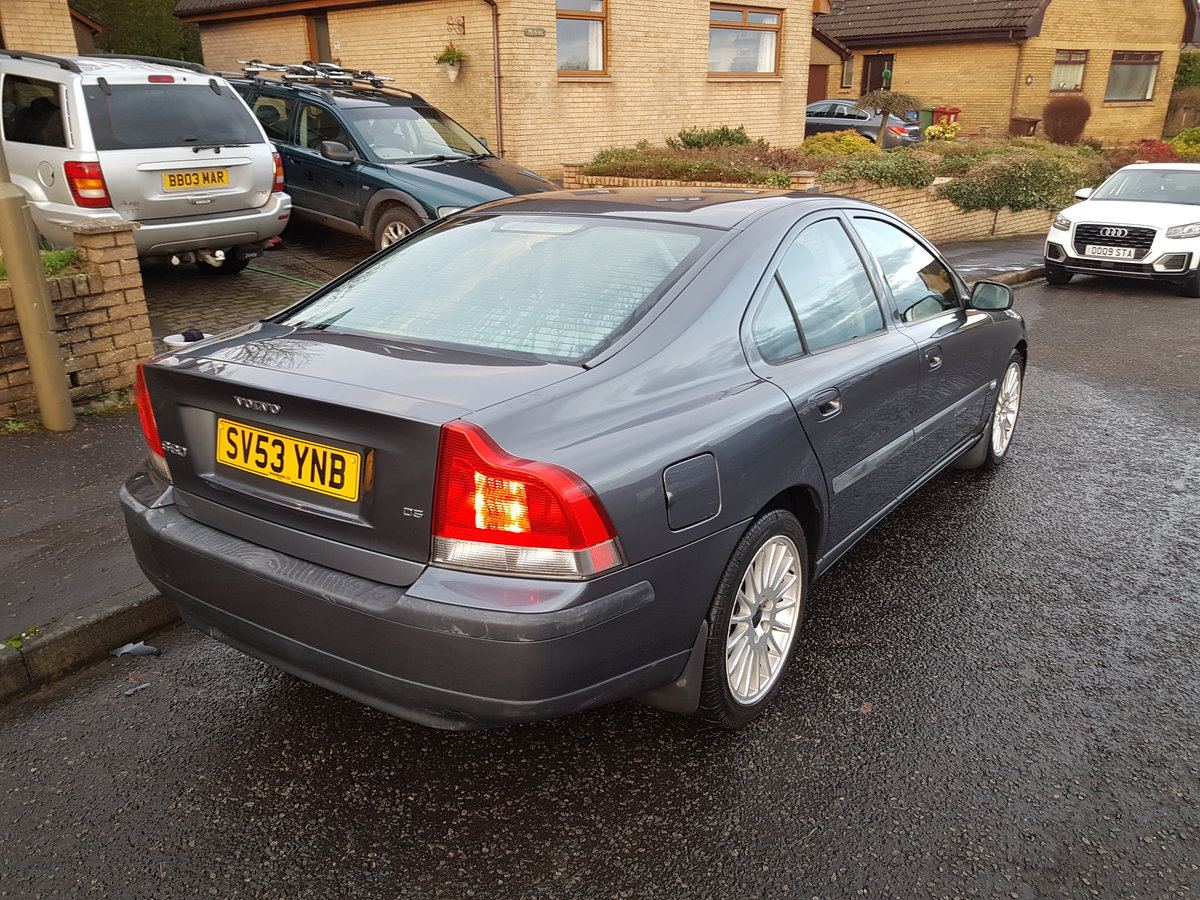 Volvo S60 D5, 2003 Low Miles, Long MOT For Sale (picture 4 of 10)
