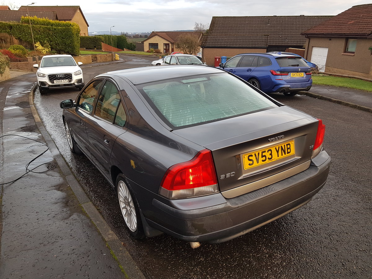 Volvo S60 D5, 2003 Low Miles, Long MOT For Sale (picture 5 of 10)