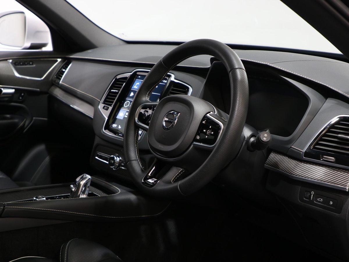 2018 18 18 VOLVO XC90 R-DESIGN PRO T8 AUTO For Sale (picture 5 of 12)