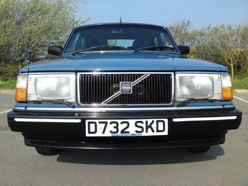 1986 Volvo 240 GL 2 3 Saloon Manual - MINT SOLD | Car And
