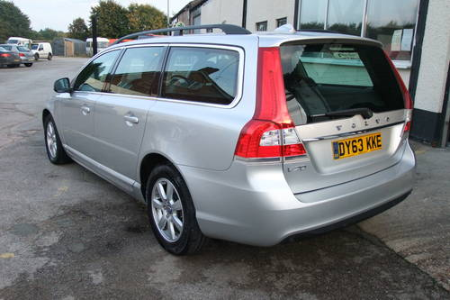 2013 VOLVO V70 2.0 D4 BUSINESS EDITION 5DR Manual SOLD (picture 3 of 6)