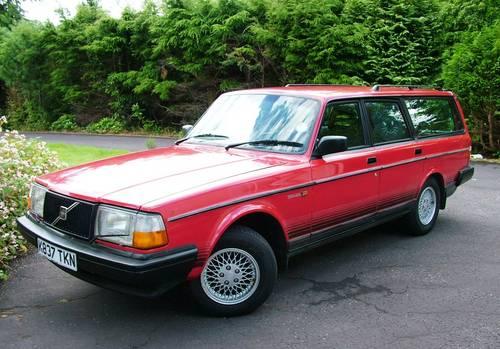 Volvo 240 Torslanda Estate 1993 SOLD (picture 1 of 6)