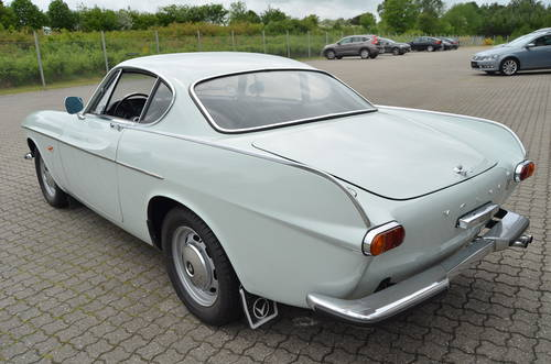 1967 Volvo P1800S SOLD (picture 3 of 6)