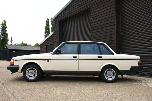 1990 Volvo 240 GL LTD Saloon Auto (58,607 miles) SOLD (picture 1 of 6)