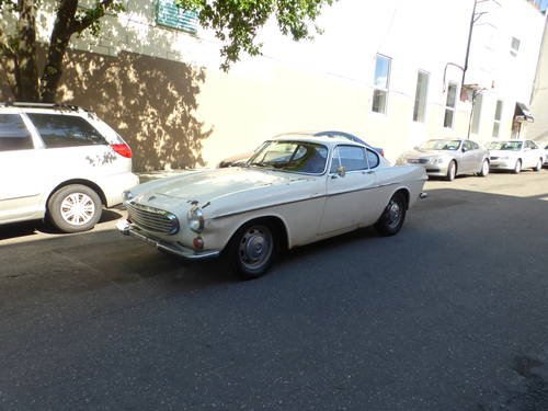 1969 Volvo P1800S Runs Drives Needs Restoration - SOLD (picture 3 of 6)