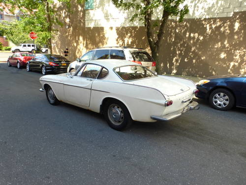1969 Volvo P1800S Runs Drives Needs Restoration - SOLD (picture 4 of 6)