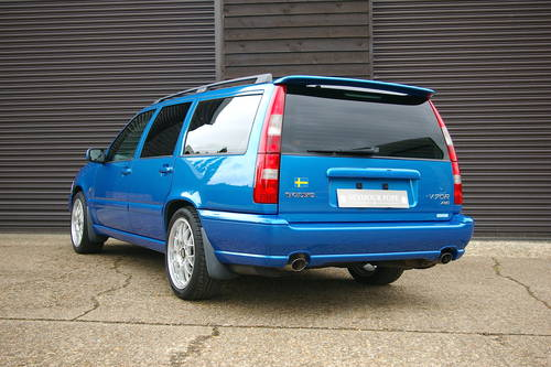 2000 Volvo V70 2.4 R AWD Automatic Estate (43,656 miles) SOLD (picture 3 of 6)