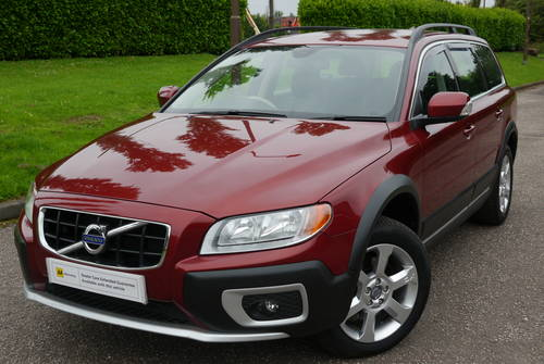 2011 Volvo XC70 2.4 D5 SE AWD 5dr RARE** For Sale (picture 2 of 6)