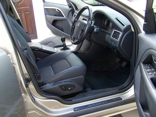 2007 BEAUTIFUL 57-REG VOLVO V70 2.4 SE D5 FULL SERVICE HISTORY    SOLD (picture 4 of 6)