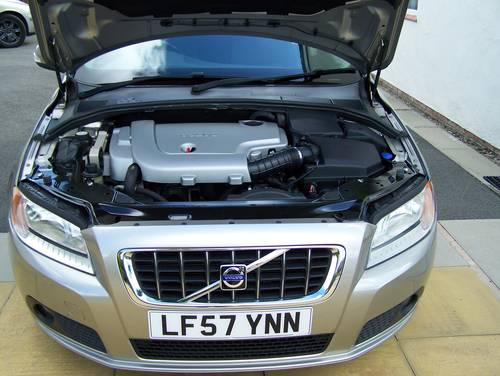 2007 BEAUTIFUL 57-REG VOLVO V70 2.4 SE D5 FULL SERVICE HISTORY    SOLD (picture 6 of 6)