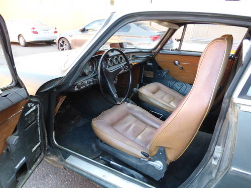 1968 Volvo P1800S Needs Restoration - SOLD (picture 5 of 6)