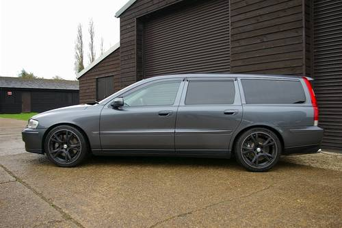 2003 Volvo V70 2.5 R AWD 5dr Automatic Estate (34,004 miles) SOLD (picture 1 of 6)