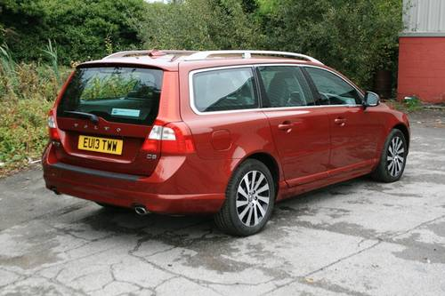 2013 Volvo V70 D5 SE LUX For Sale (picture 3 of 6)