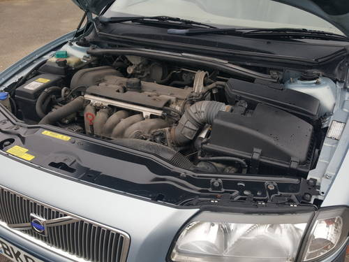 Volvo S80 2.4 Petrol Manual 2002 For Sale (picture 6 of 6)