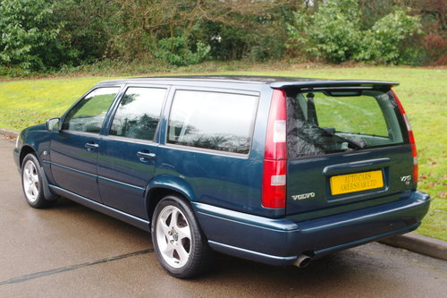 Volvo V70 SE T5. 7 Seats. Good History. Nice Car. Bargain.. SOLD (picture 6 of 6)