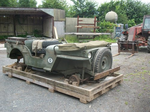 1942 willys jeep crate £400 For Sale (picture 1 of 6)