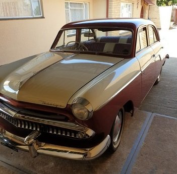 1955 Willys , 6 Cylinder Hurricane Motor , 3 speed box For Sale (picture 1 of 6)
