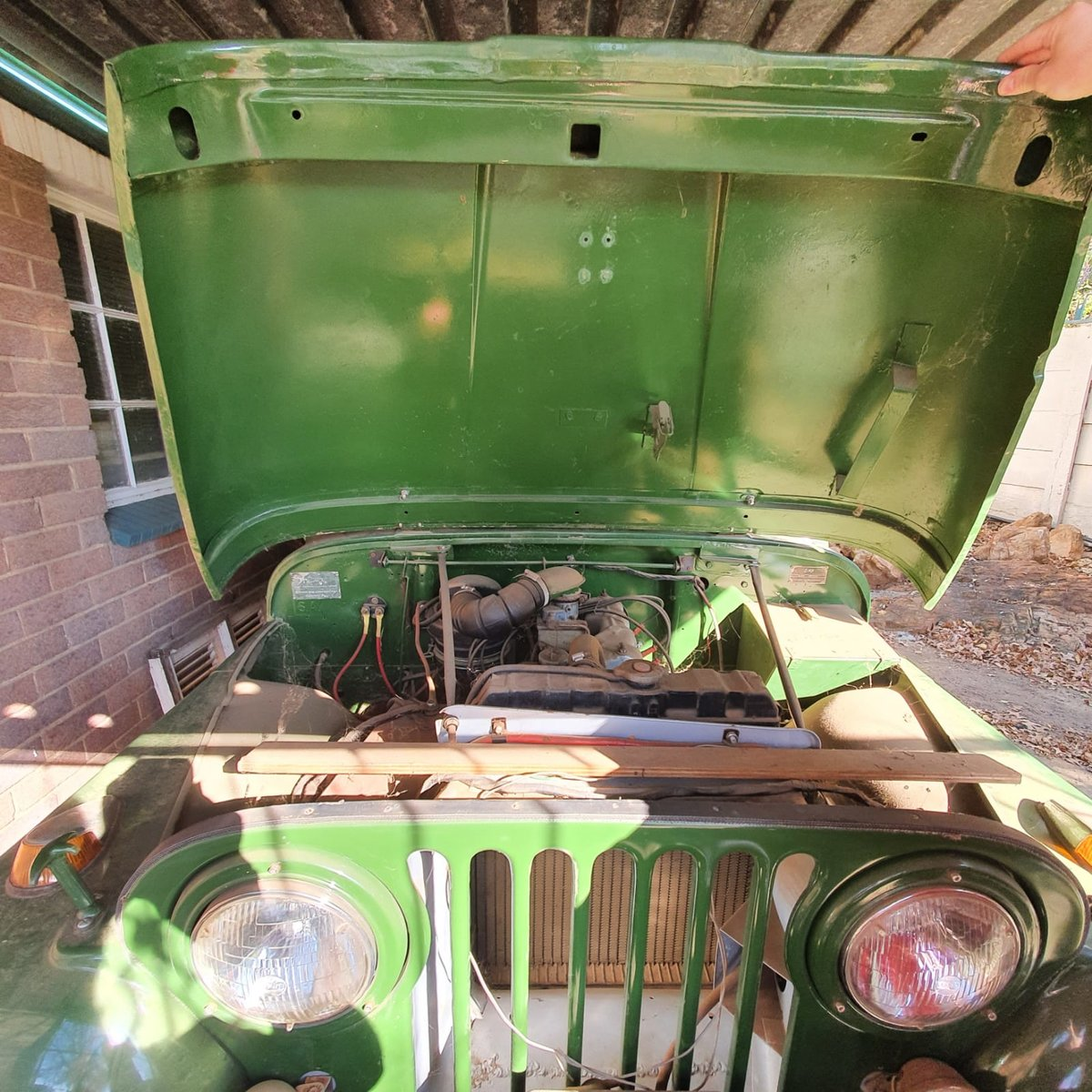 0000 Willy's Kaiser Jeep with front winch For Sale (picture 3 of 9)