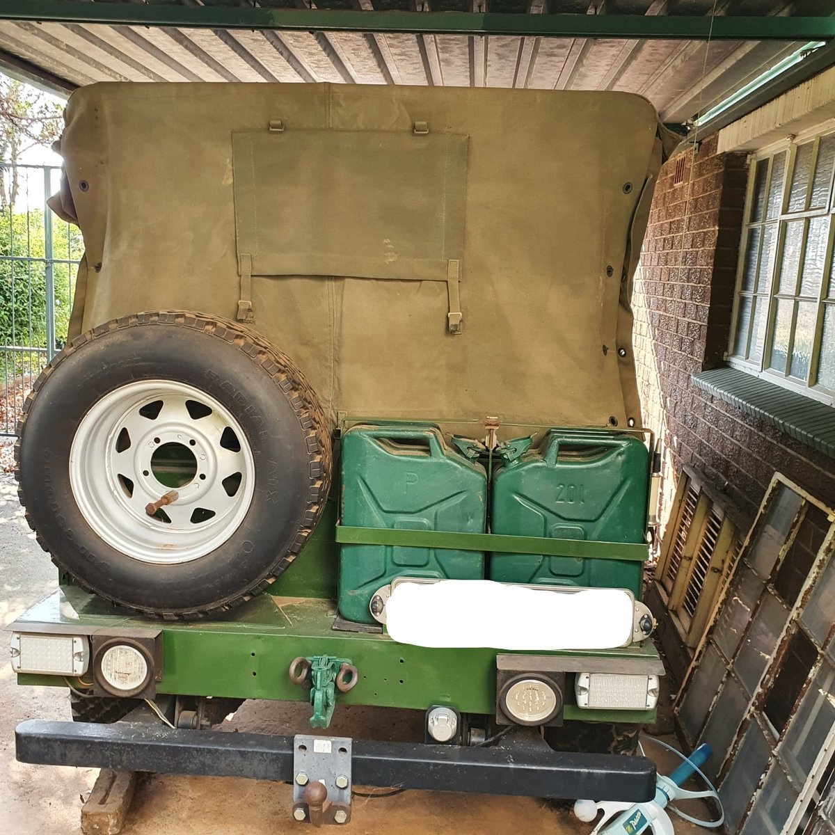 0000 Willy's Kaiser Jeep with front winch For Sale (picture 8 of 9)