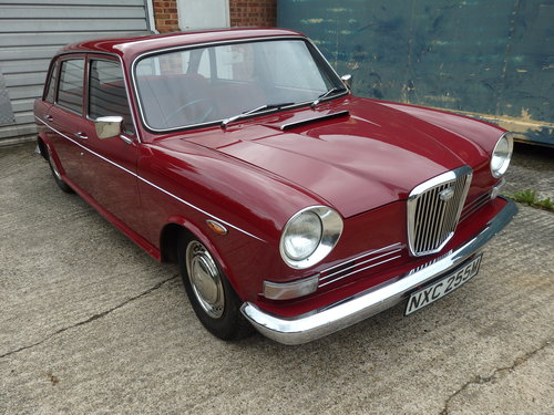 Wolseley Six 1973 mothballed in dry garage SOLD (picture 2 of 6)