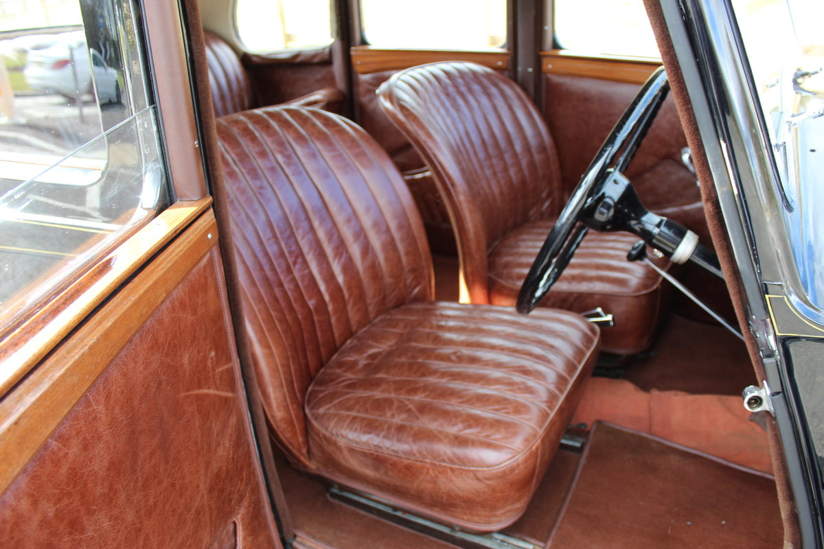 1948 Wolseley 14/6 Saloon With Sliding Steel Sunshine Roof   SOLD (picture 4 of 6)