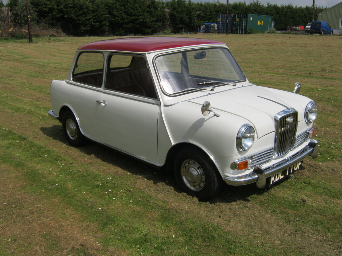 1967 WOLSELEY HORNET. SNOWBERRY WHITE/DAMASK 1 OWNER 47K  SOLD (picture 1 of 6)