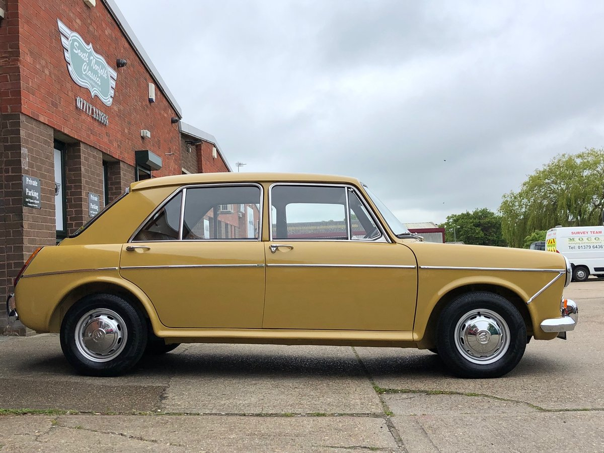 1972 Wolseley 1300, Nut and bolt restoration, 2 owners SOLD (picture 2 of 6)