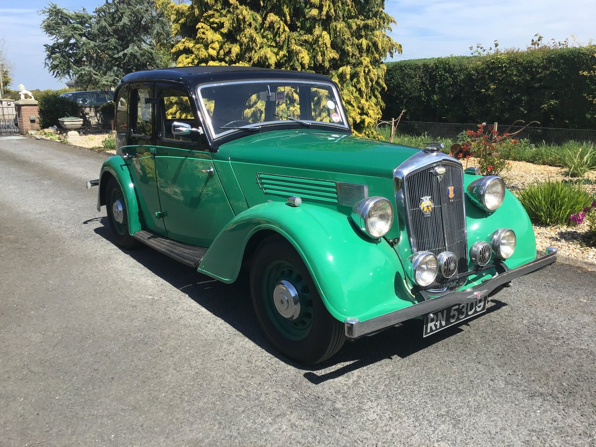 1936 Wolseley 14/56 saloon de luxe For Sale (picture 1 of 6)
