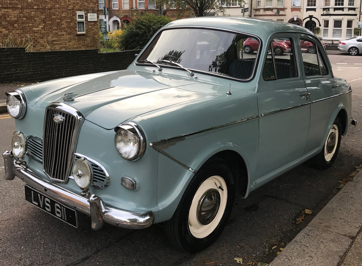 Gorgeous 1962 Wolseley 1500 in Smoke Grey For Sale (picture 2 of 4)