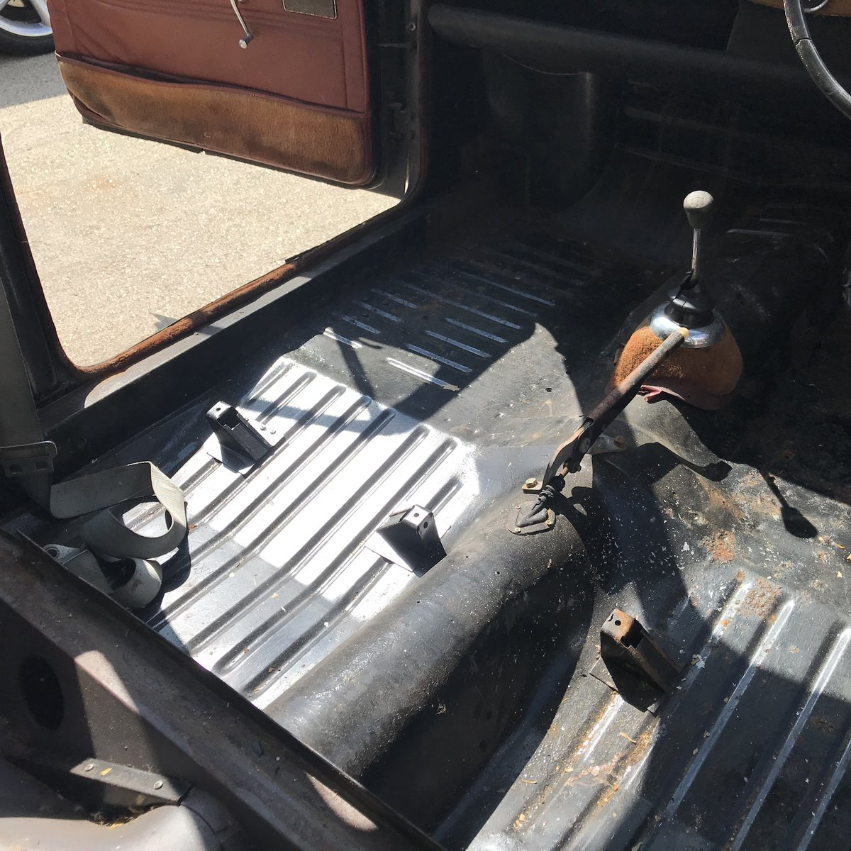 1962 WOLSELEY 1500 FOR COMPLETE RESTORATION SOLD by Auction (picture 5 of 6)