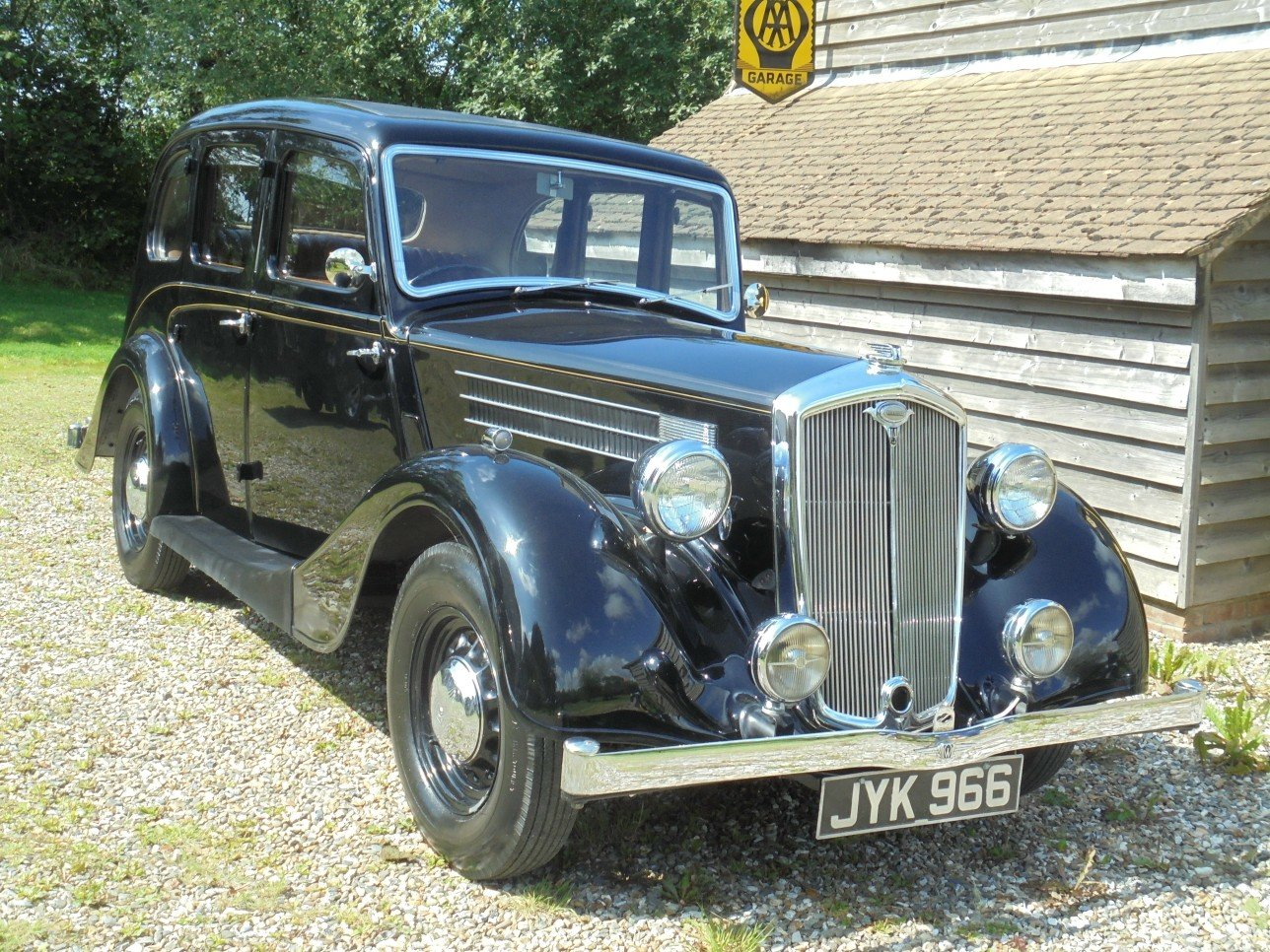 1948 Wolseley 14 / 60 H.P. Sliding Head Six Light Saloon. SOLD (picture 6 of 6)