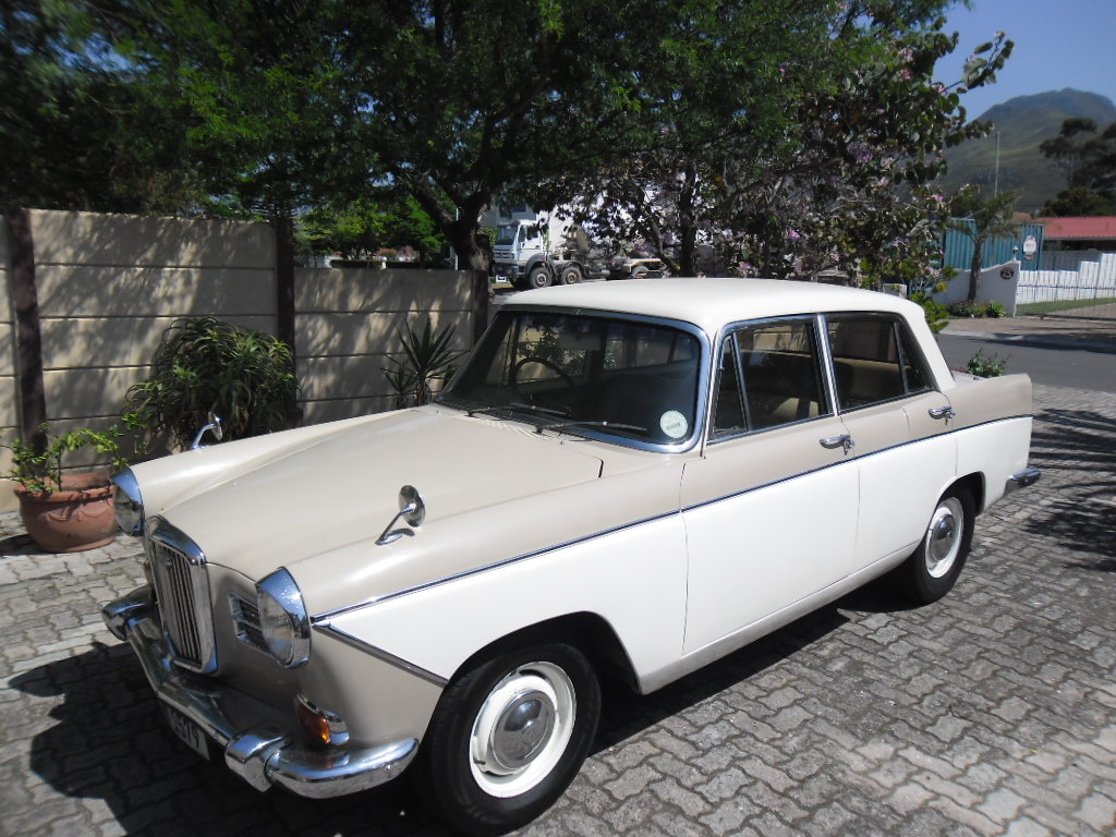1965 Wolseley 16/60 automatic For Sale (picture 1 of 4)