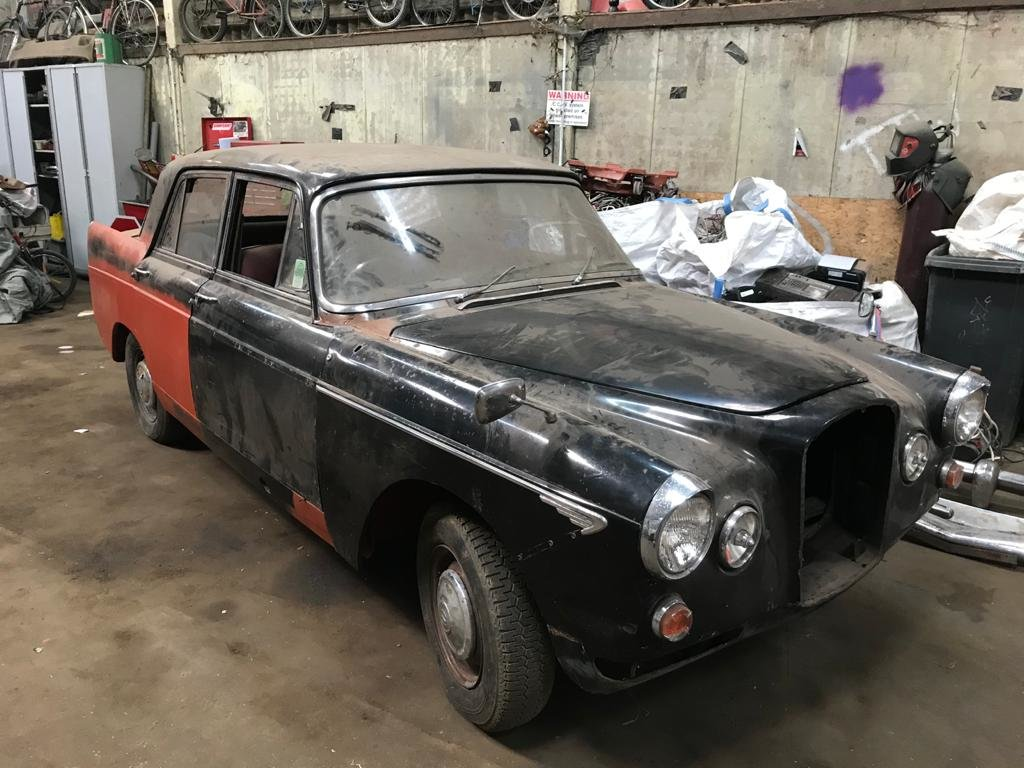 1968 WOLSELEY 6/110 GENUINE BLACK CAR For Sale (picture 1 of 6)