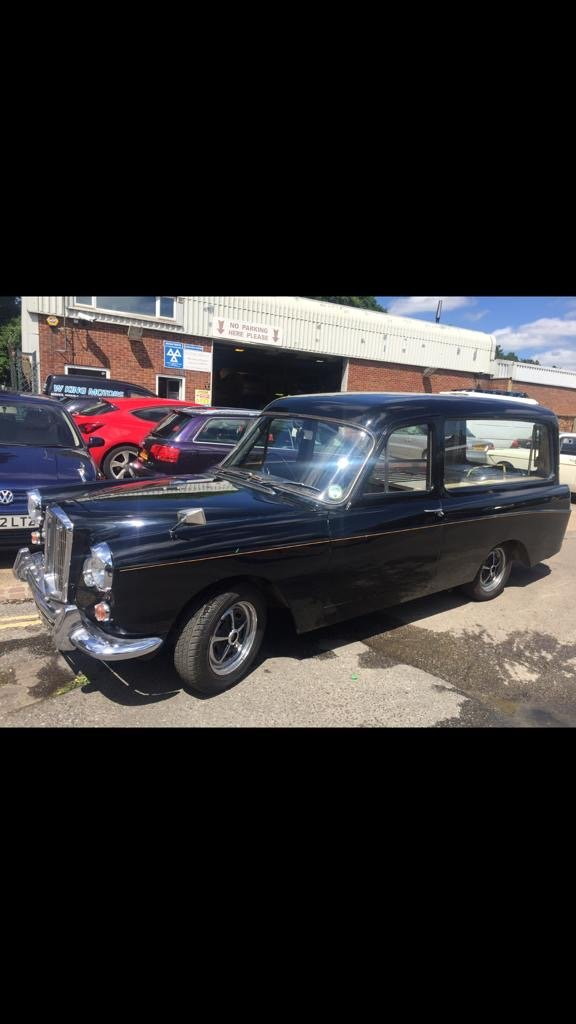 1967 Wolseley 6/110 HEARSE For Hire (picture 1 of 2)