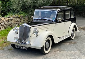 1947 Wolseley 14/60 Six Light Saloon with sunroof.
