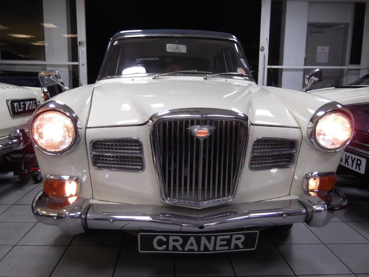 1967 Wolseley 16/60 SOLD (picture 2 of 6)