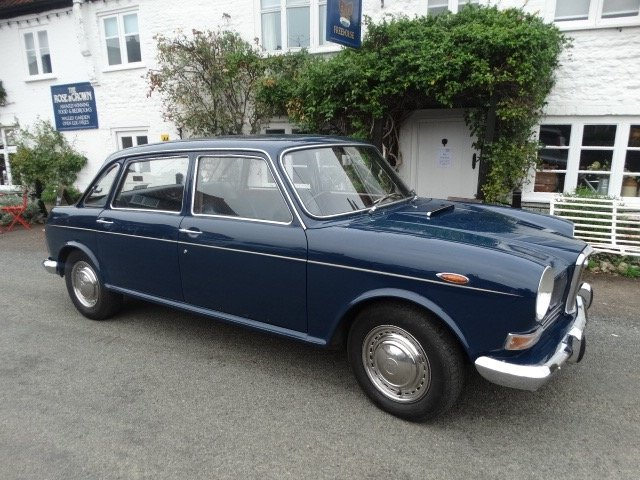 1969 WOLSELEY 18/85 SOLD (picture 2 of 6)