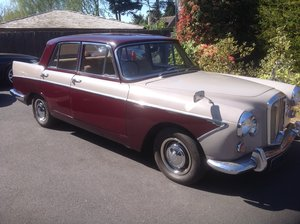 Picture of 1964 Wolseley 6/110 Auto