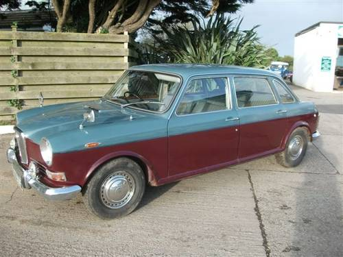 1967 Wolseley 18/85 Big, comfortable & power steering! SOLD (picture 2 of 6)